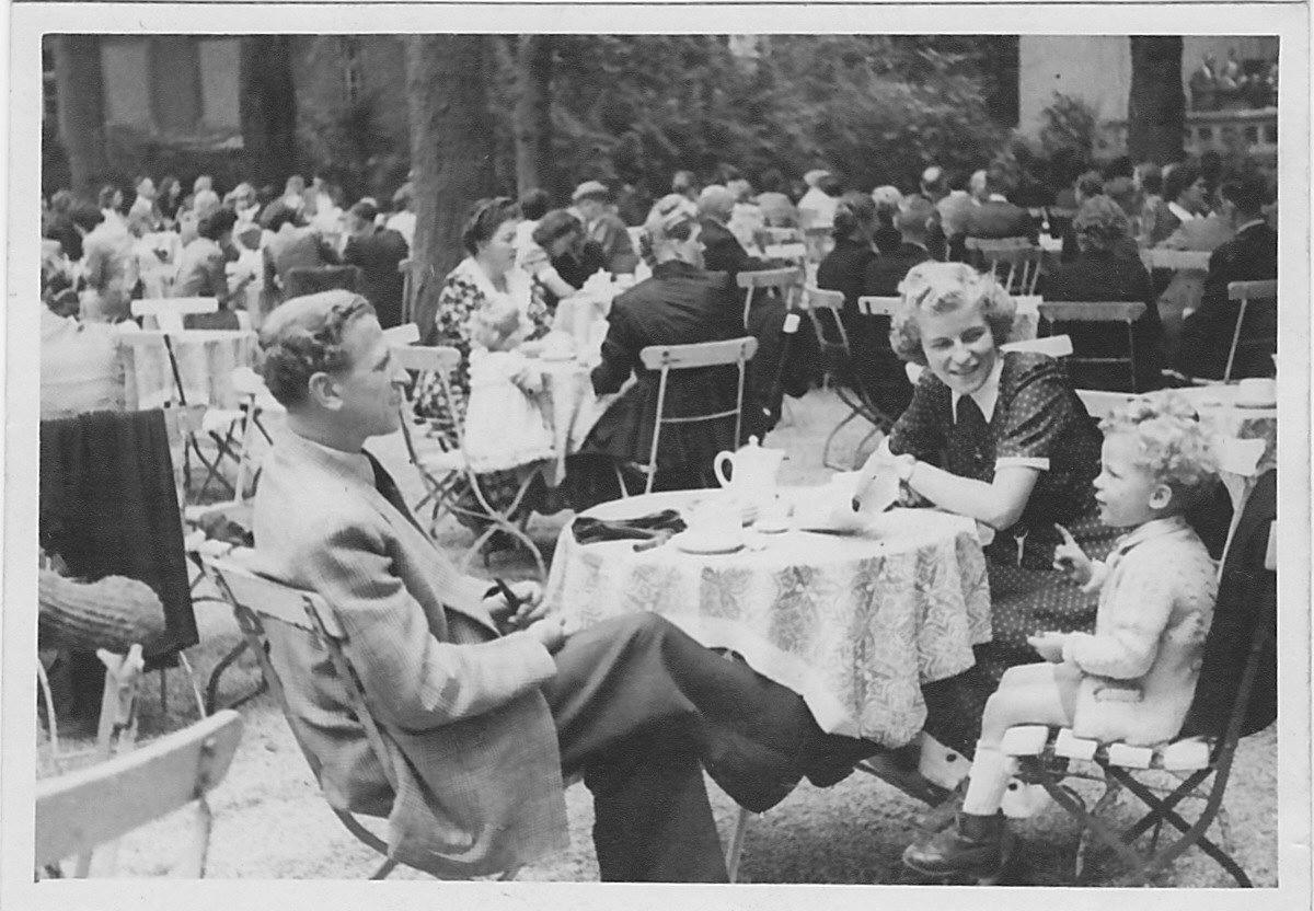 1949, Klausbernd und Ingeborg und Wilhelm Vollmar