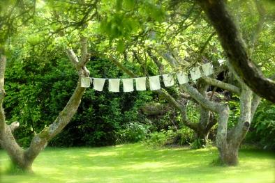 Rhu Sila Garten, Prayer Flags, Photo: Hanen Siebers