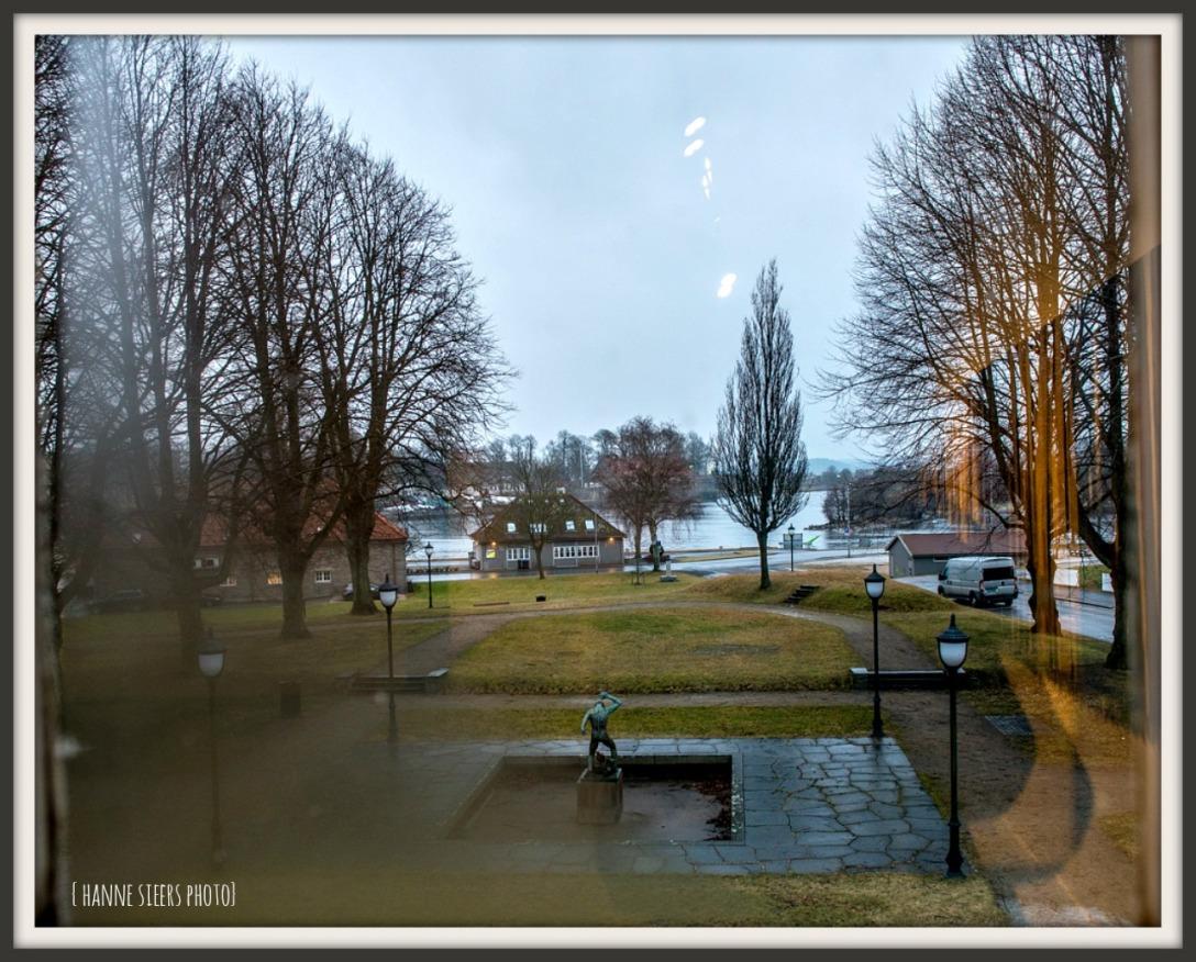fredrikstad_window_sign_4767